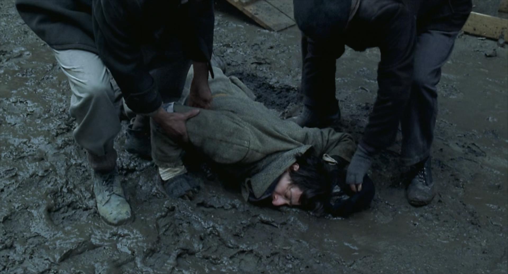2002残酷剧情片《钢琴家》3800字,10分钟剧情解说稿-第6张图片