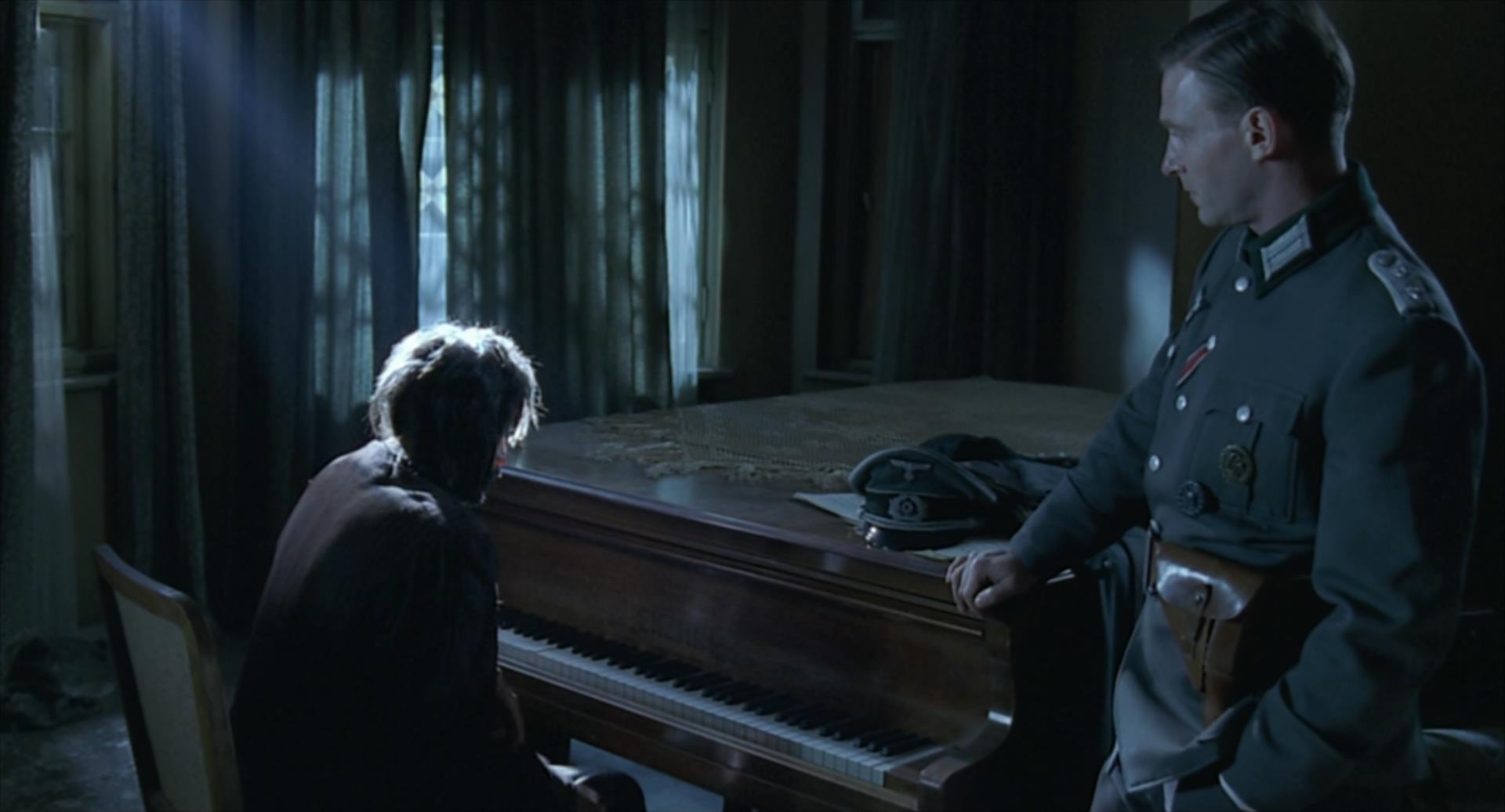 2002残酷剧情片《钢琴家》3800字,10分钟剧情解说稿-第11张图片